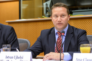 A Parliamentary Intergroup on Tourism - fostering Europe's competitiveness and growth ?